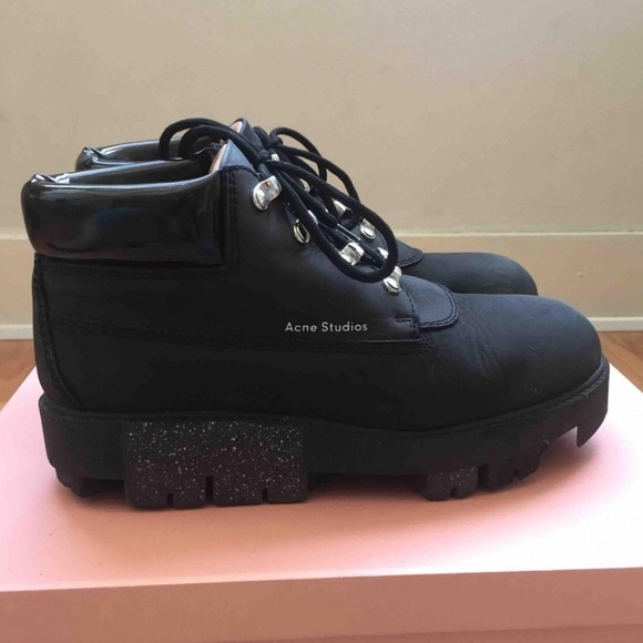 21f9eea7657 Acne Studios Tinne black ankle hiking boots